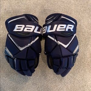 Bauer Vapor x800 hockey gloves. 13 inch men's